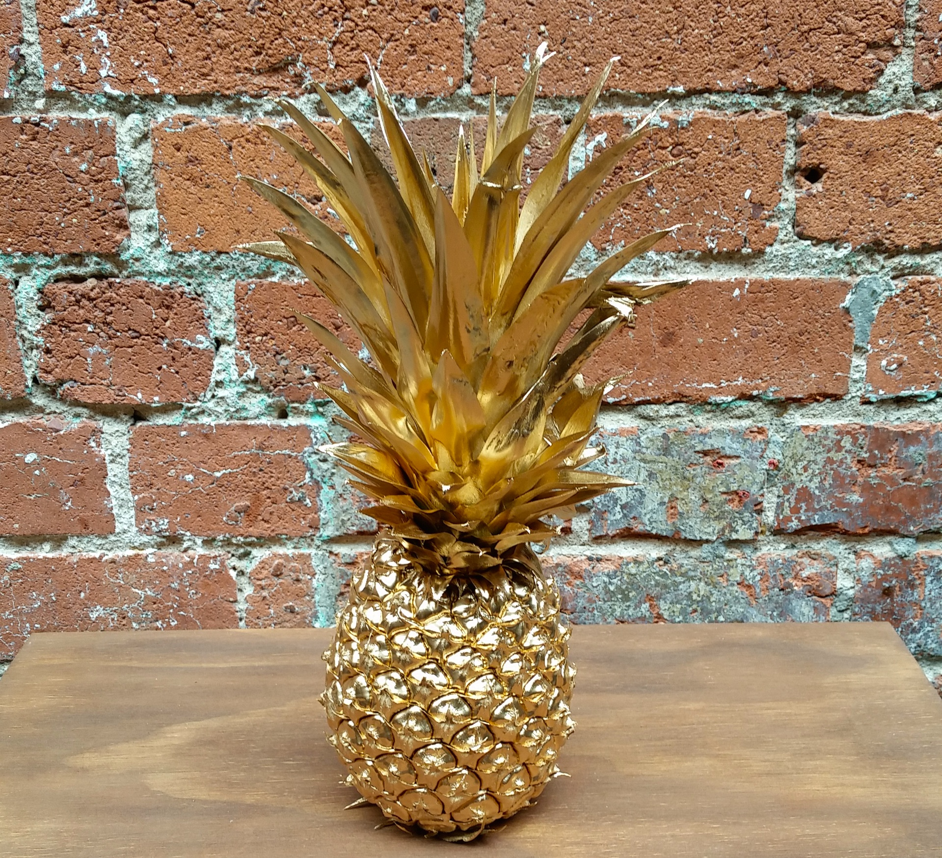 What a glorious golden pineapple!